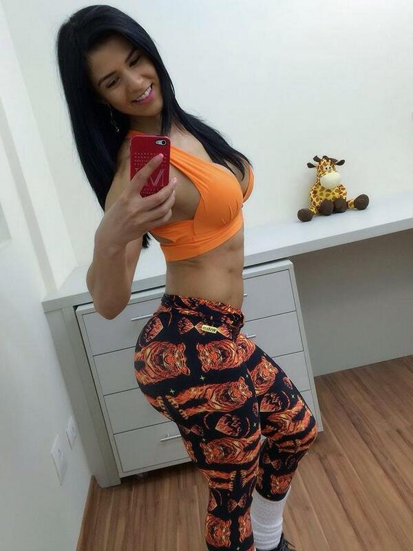 @eva_andressa @legginsfans #leggins http://t.co/3e41C55POY