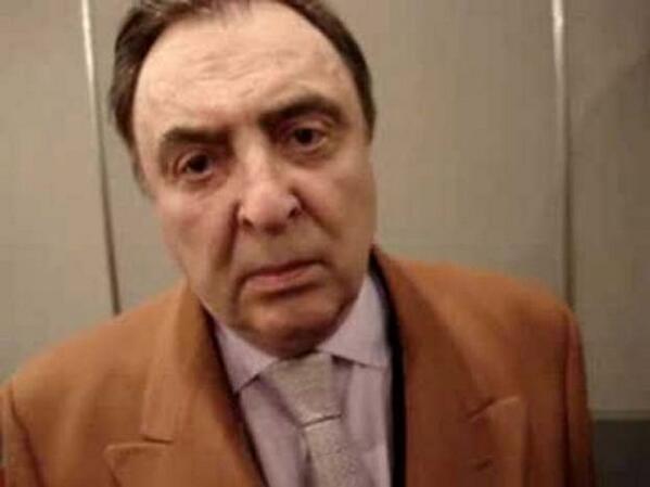 AHORA: Renunció Marcelo Araujo a FPT porque no lo designaron para el Superclásico [@mundo_D] http://t.co/vWGAwkOiPY