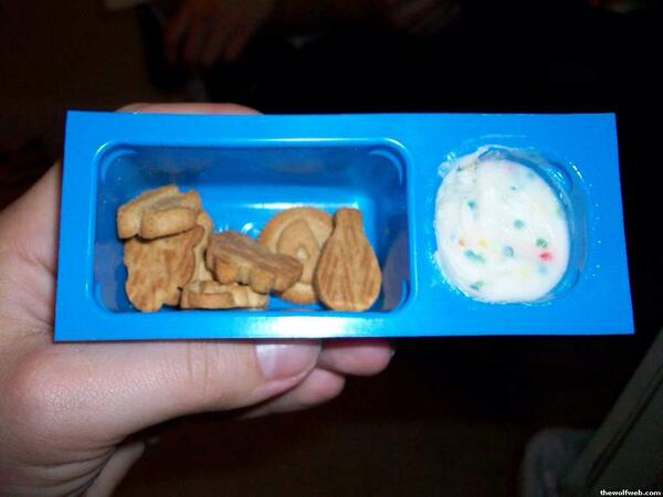 Who remembers the personal victory of finding one of these in your lunch box? - the opposite of #CrappySnacks http://t.co/PKvFqJF5L8