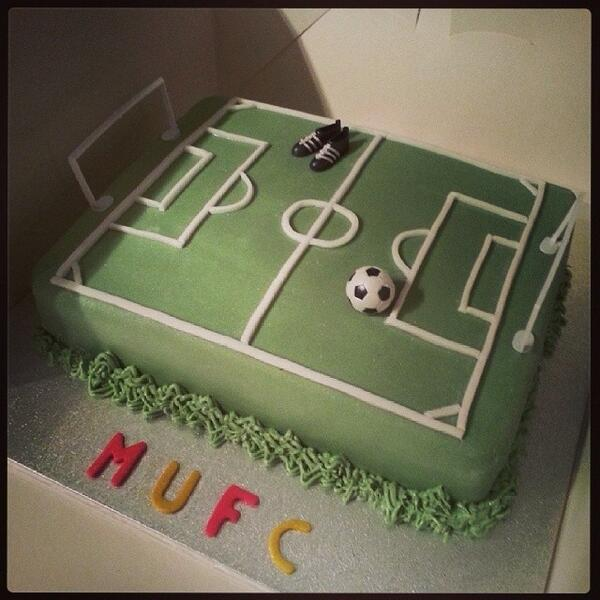 Fabulous Kirstys Cakes On Twitter Football Birthday Cake T Co Funny Birthday Cards Online Sheoxdamsfinfo