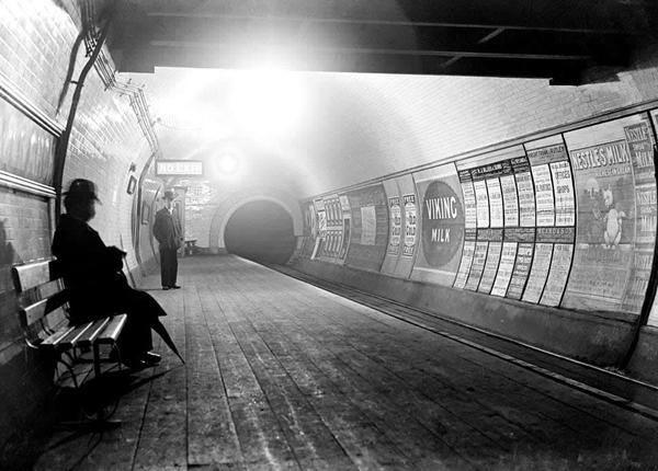 The Tube in 1890 http://t.co/iWsJm6gDI2 http://t.co/OCBwSYj7Y9