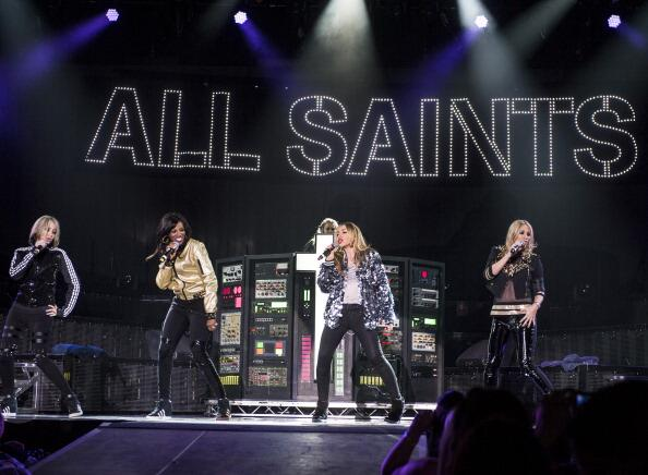 RT @AllSaintsHeaven: All Saints looking irresistible during yesterday's show in Birmingham. You are the BEST <3 http://t.co/JcgOTb7U7Z