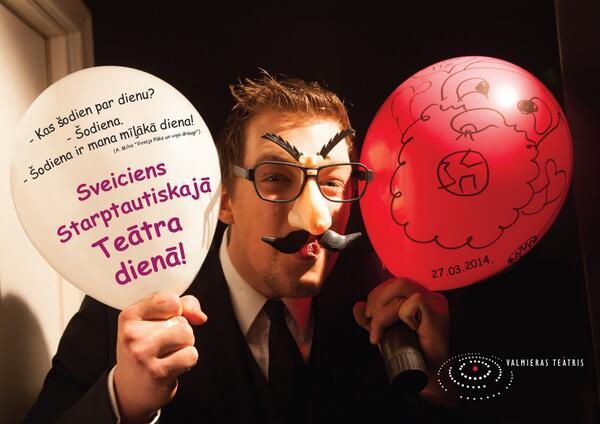 """Sveicam visus teātra ļaudis un skatītājus Teātra dienā! Skatītājus šovakar aicinām uz izrādi """"Doktors Živago"""". http://t.co/YKVQXycm0p"""