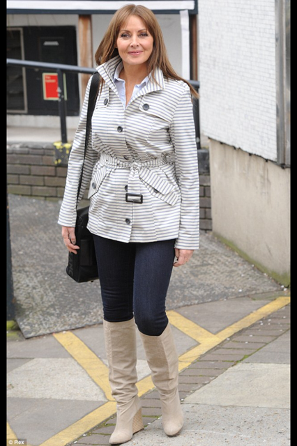 RT @Isme_Diary: @carolvorders has been papped looking stunning in this lovely #savoir jacket > http://t.co/F8yAADjquJ http://t.co/1urwPVIsex