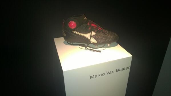 Shoes Hphxwv4z7q Van On Basten Diadora Twitter Esposito Marco pLUqVGSzM