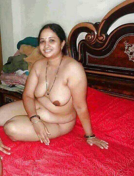 image Desi north bhabhi ji bouncing bigboobs secretly shows devar