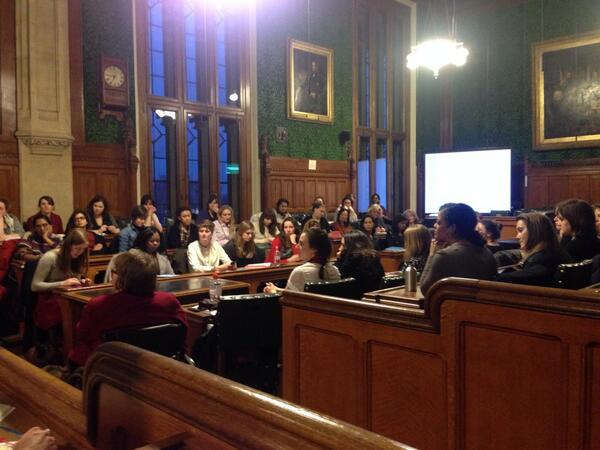 Packed room applauds Denise Graveline #fwneloquent for public speaking tips & vows to read http://t.co/jCuwsJ2UT6 http://t.co/5T24rEZDnD