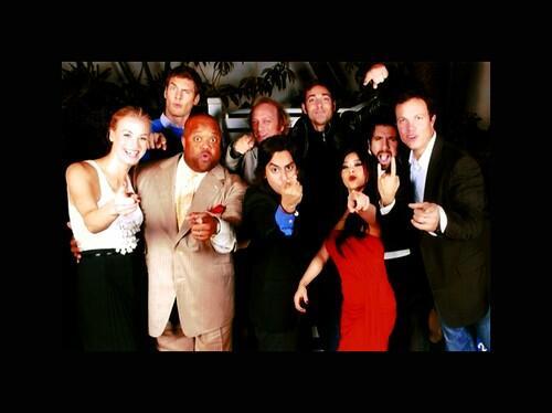 Throwback Thursday! The Legendary season 2 cast of CHUCK! http://t.co/nSu6dvdxma