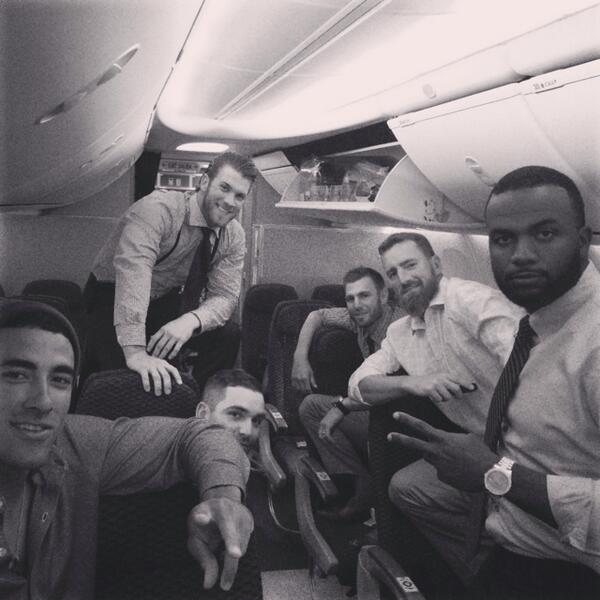 Chillin on the plane #Nats #itsourtime http://t.co/yDsWtFVatM