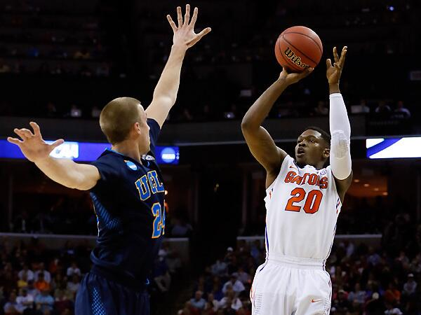 No. 1 Florida shakes off No. 4 UCLA and advances to fourth straight Elite Eight http://t.co/ESsBJQ6r9f #MarchMadness http://t.co/HVb7K1HaVc