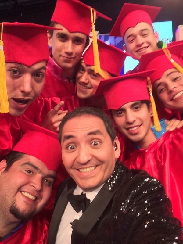 Q buen programa #Celebraduacion da RT http://t.co/sCTqr6SFD3