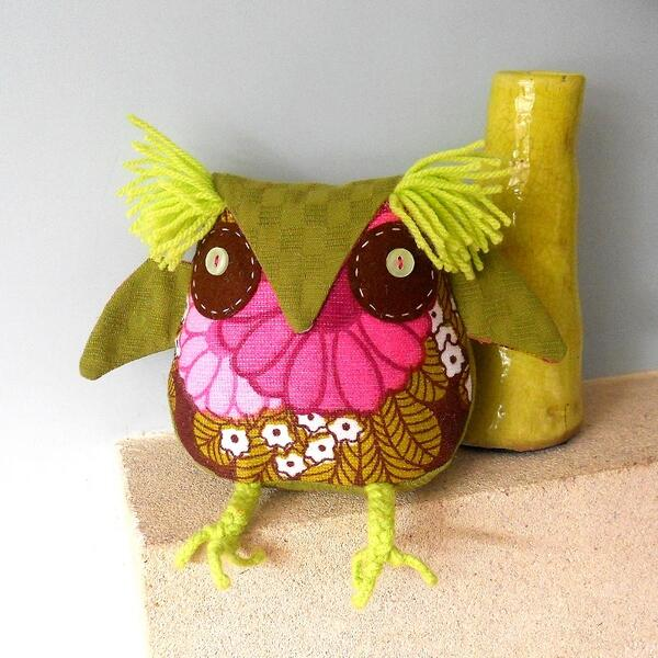 70s Flower Retro Owl - Folksy http://t.co/HAX99gCS5i … #newonfolksy http://t.co/xfrKiBmGul on @folksy !