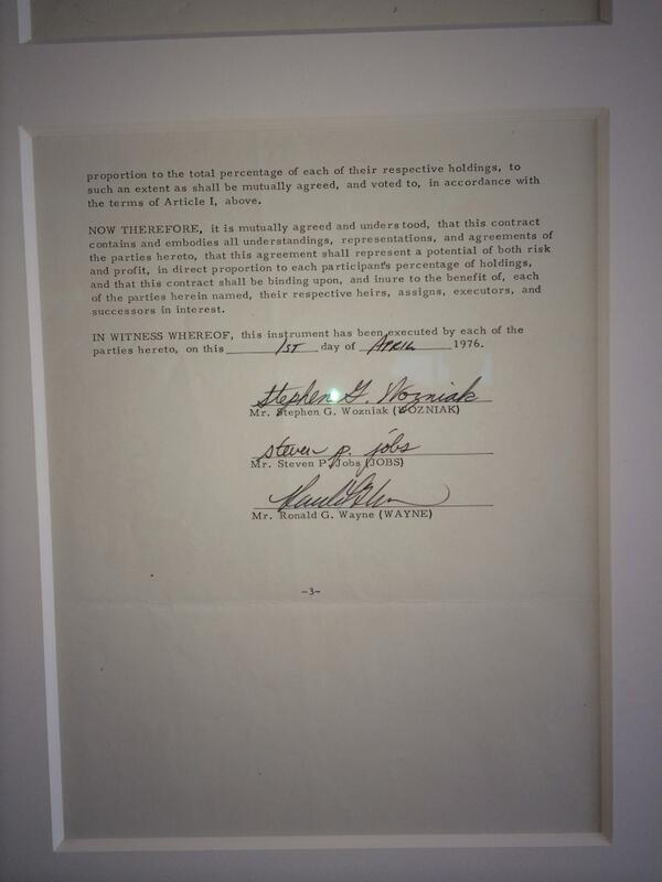 I saw an AMAZING piece of history in Miami today, the contract forming Apple. Here's the story http://t.co/FmCcCOstb2 http://t.co/Gt9PVbDHab