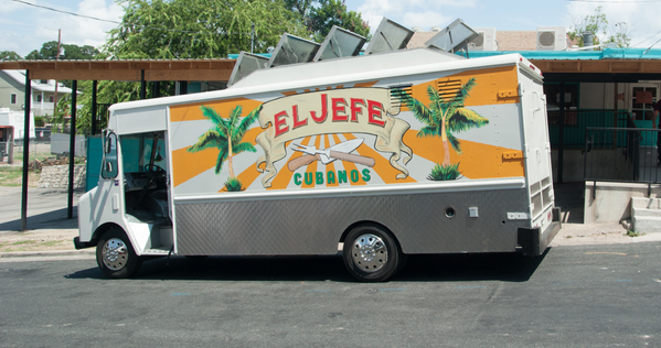 Welcome to Twitter, @RobertDowneyJr! Thanks for selling us the El Jefe Food Truck! #ChefMovie http://t.co/o1YXWKTQqL