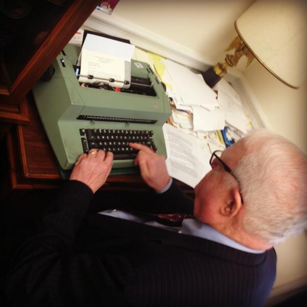 Zal ik lachen of huilen? Dit Congreslid, Jim Sensenbrenner, gaat over het Amerikaanse internetbeleid. http://t.co/hTO4EJT8W4 (via @PRyan)