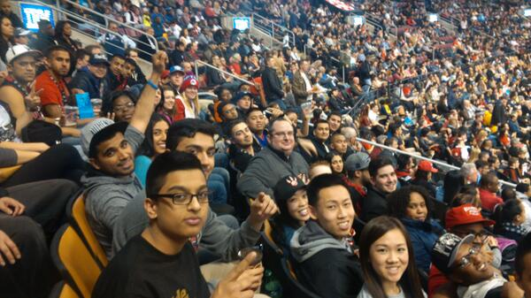 #RTZ Photo: Awesome to have so many #IRollWithAmirPart4 winners in the house for tonight's game! http://t.co/k8BeHIIMk1