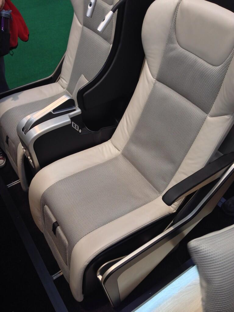 Les sièges business Bk2te1LIMAAHOnT