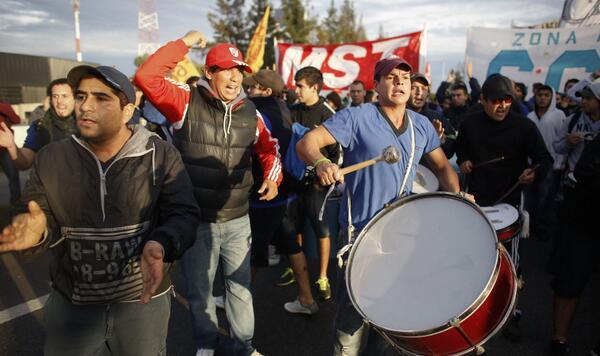 AJA>> Paro nacional de sindicalismo combativo en Argentina - http://t.co/Q3Vb6EO6gM    http://t.co/3b6YxPW0gl
