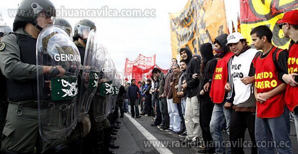 Argentina amanece paralizada por paro general que Gobierno considera forzado http://t.co/rCfqzkYHaP http://t.co/daGMBhtk8f