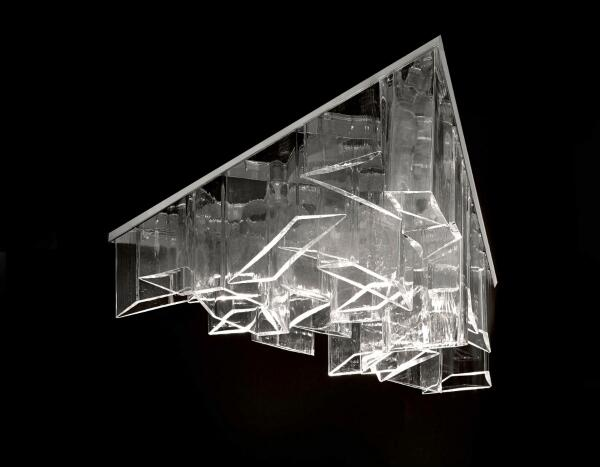 Watch out for Daniel Libeskind's new ICE chandelier and other product designs at #Milan2014 http://t.co/gSVuusIWeE http://t.co/daUbwTrO2V
