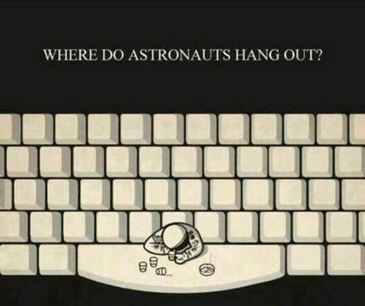 I love a good space joke! #astrohumor #spacey http://t.co/TXbBXsS3UB