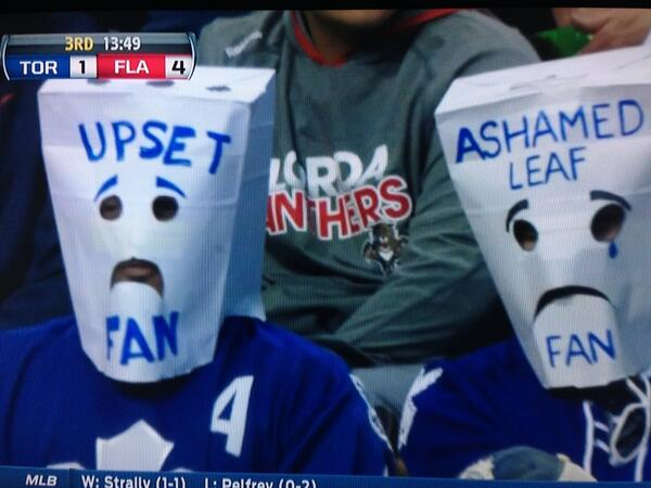 Brian Stubits On Twitter These Leafs Fans Aren T Enjoying Themselves Http T Co Unvawiilx0