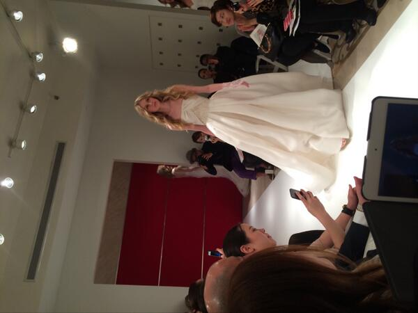 Beautiful ball gown - complete with a bejeweled lace wrist band! @reem_acra #bridalfashionweek http://t.co/89ZMoJIEKd