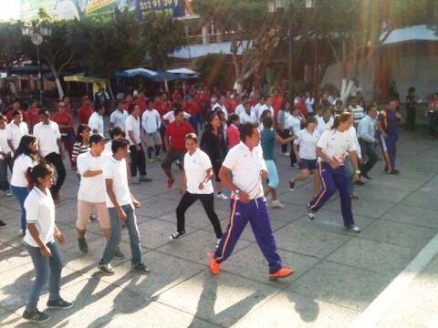 La titular de @ID_Morelos  @JACKIE_GUERRA en Cuautla Morelos durante #ActivateMorelos http://t.co/9AI2EN7hfD