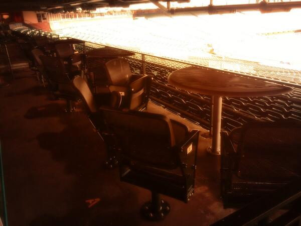 Joe Totah On Twitter Love The New Seats In Lower Box Section 107 Promenade Patio Tables Great For Groups Of 4 Sfgiants Http T Co O8oackegtd