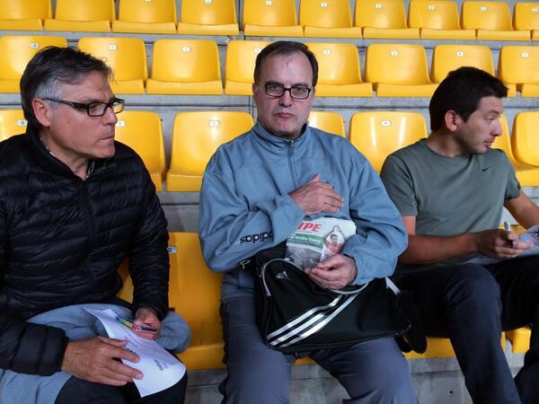[Entraineur] Marcelo Bielsa entraineur de l'OM en 2014/2015 ! - Page 3 Bk9XxrYIMAAXmpg
