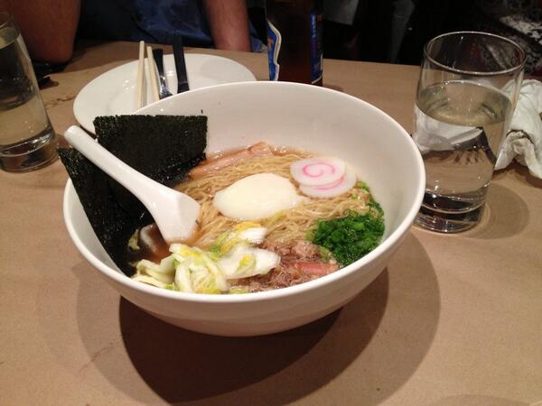 Pre-gaming a fried chicken feast with the Momofuku ramen. http://t.co/EqIvH1D5gf
