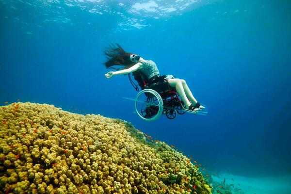 Check out these incredible photos by @Freewheeling4 http://t.co/wbjoLUUfg2 wheelchair diving  #redefinedisability http://t.co/GFT9UPibI4