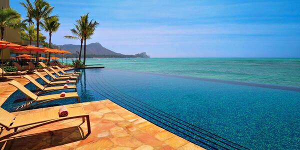 Retweet if you'd rather be sitting by the pool right now in #Hawaii http://t.co/oN1Yn7NJMK To infinity & beyond ... http://t.co/71QEiZiG9W