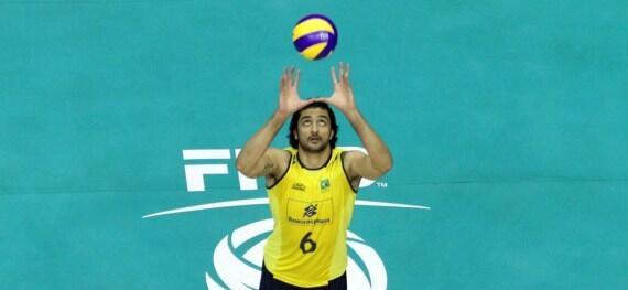 Motivado, @LeandroVissotto inicia treinos com a seleção para a Liga Mundial http://t.co/pg5DScw45q http://t.co/8VHwWJs9GO