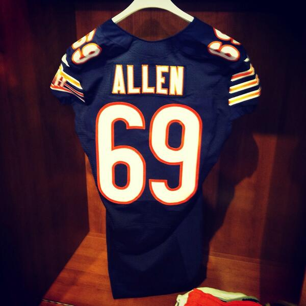 The newest #Bears jersey at Halas Hall http://t.co/FXnRim1i5P
