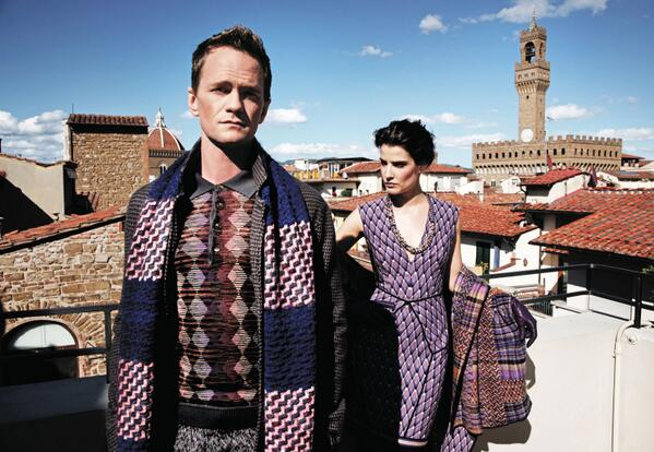 2 nite will be le-gen-dary! We salute #HIMYM w/ our fave pics. 1st up: @ActuallyNPH and @CobieSmulders in #Florence. http://t.co/RNDDpcOX5Z