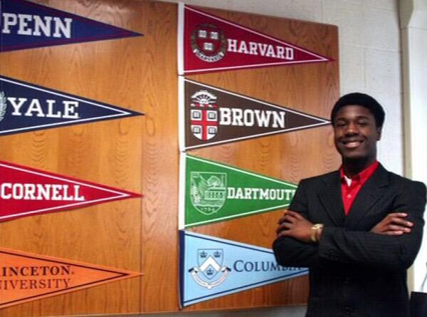 A 17-year-old Long Island student was accepted to all eight Ivy League schools. http://t.co/lQFKKiCVVQ http://t.co/DPZiGN1mPQ