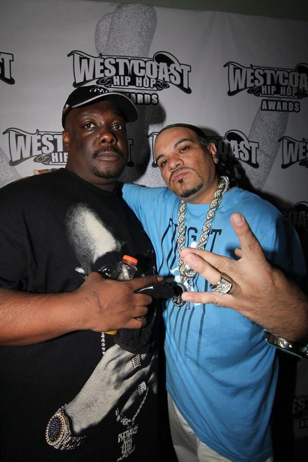 "❤@DjKingAssassin: @GOMACKWITDASACK #djkingassassin Los Angeles Hip Hop Awards http://t.co/1wN9zM6Xx5"""