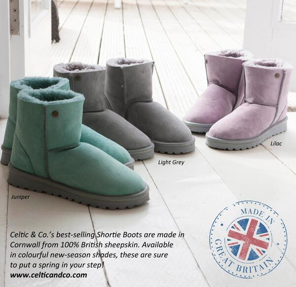 #COMPETITION TIME! We are giving away one pair of our Colour Shortie Boots worth £110! Re-tweet & follow to enter. http://t.co/sbQ8k9ElvK
