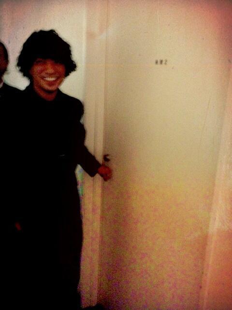 田中聖くんに小杉さんが閉じ込められた! http://t.co/b15UptqMig