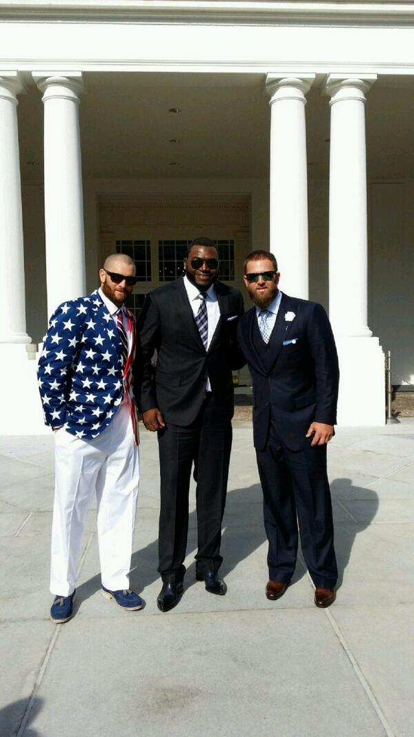 Love my boy Johnny Gomes outfit #SoxAndStripes http://t.co/gYDP0Kb2WV