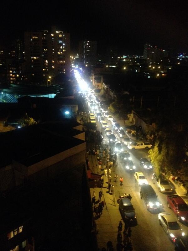 Caos total en calle copiapo #Antofagasta http://t.co/XuNdFdKUWU