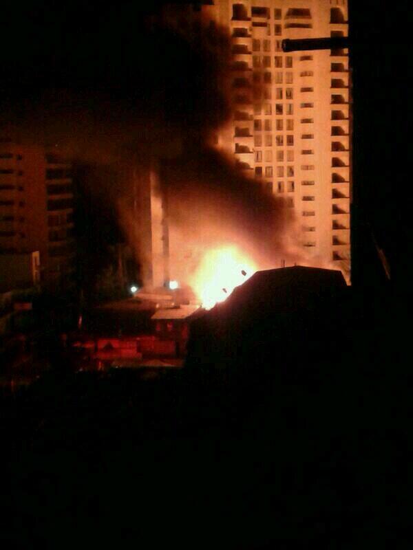 RT @kike_jma: #incendio en iquique en las calles Juan Martínez y Hernán Fuenzalida. Otra foto http://t.co/5hKv95pWr4