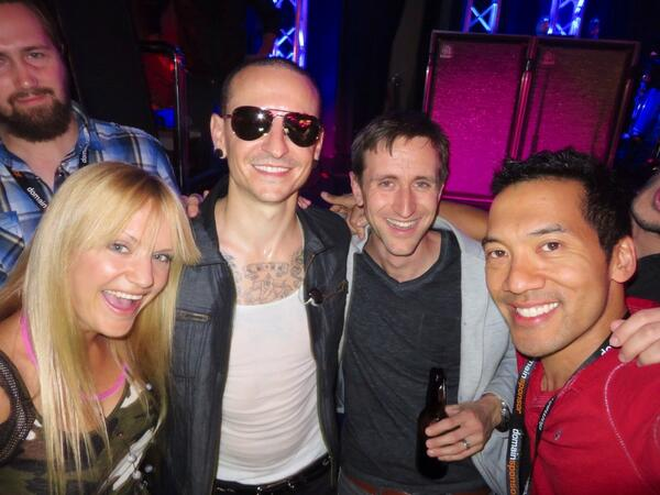 Chillin' with Chester Bennington, lead singer of Linkin Park and Stone Temple Pilots, at #DomainFest #Hollywood http://t.co/InHACxPwOA