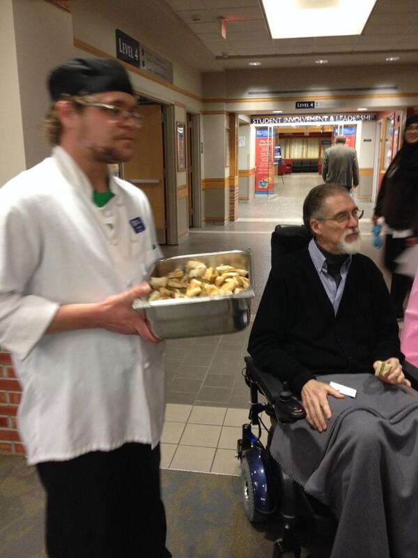 A @kudining chef has more soy-based burgers for the #SUAvegEvent http://t.co/3U3Bbm63WY