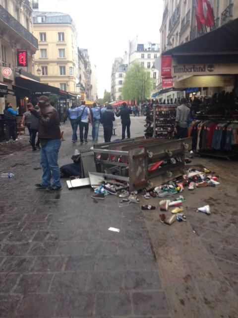 BkPCH6rCUAE8U5v Chelsea fans accused of EDL chants, Sieg Heil salutes & smashing up shops in Paris [Pictures]