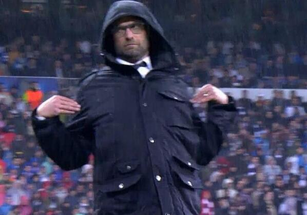 Jurgen Klopp pulled a brilliant pose as Borussia Dortmund were stuffed at Real Madrid [Pictures]