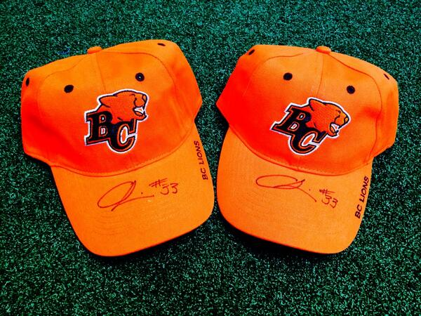 Look at this, autographed @andrewharris33 hats! Who wants one? RT for your chance to win! http://t.co/kKZLUHX5fj