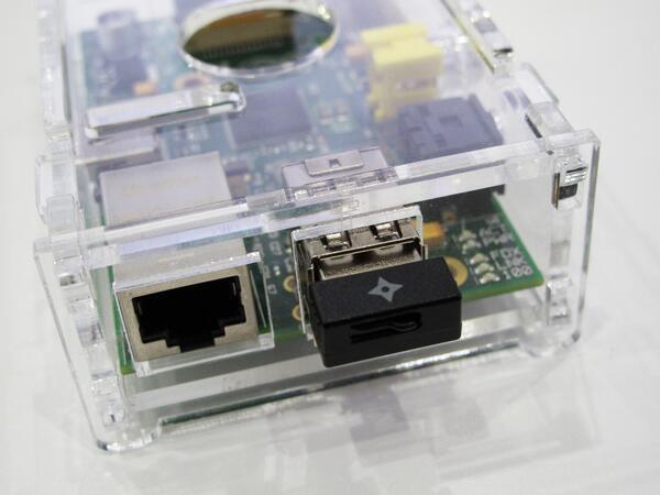 開発者向けに無線LAN子機のチップ、アンテナなどの詳細情報を弊社HPで公開。Linux用ソースもDL可能。発売前『GW-450S』のWin/Mac/Linuxドライバーもフライング公開! http://t.co/xMBstyftqL http://t.co/gBzchMqOcC