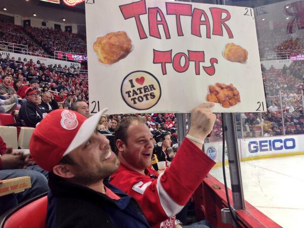 Nhl On Twitter All Even On Rivalrynight Rt Detroitredwings Tomas Tatar Rips One Past Rask And Ties This Baby Up At 1 Http T Co Ezt7s8c32n